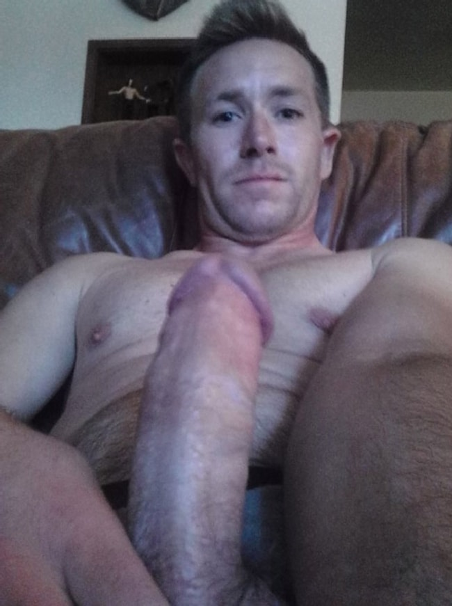 Horny Nude Guy