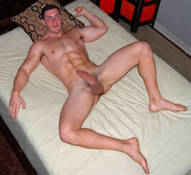 Hunk With Big Dick